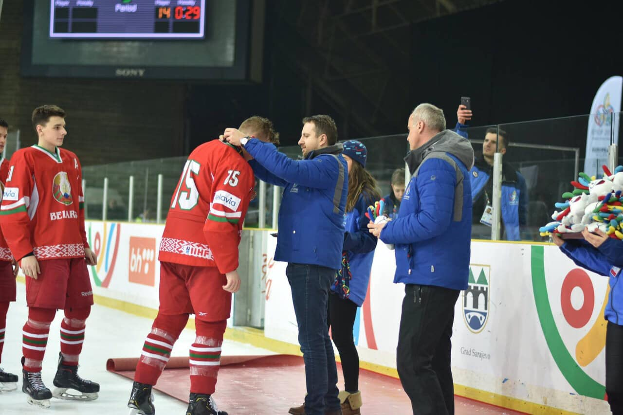 Градоначелник Скака уручио медаље најбољим хокејашима на ЕYОF-у 2019