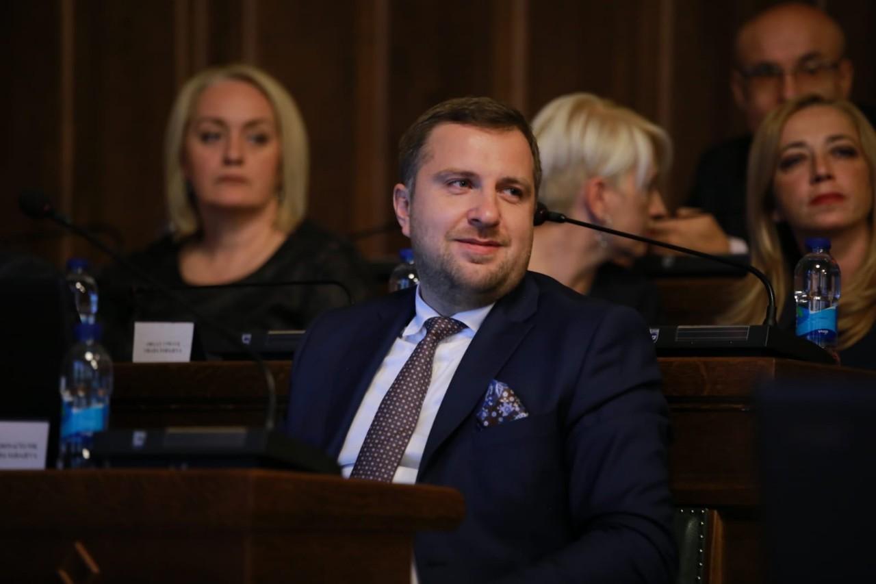 Gradsko vijeće, na prijedlog gradonačelnika Skake, utvrdilo Nacrt odluke o Danu osnivanja Grada Sarajeva